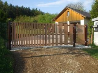 Vjezdové brány křídlové, JH-vrata Hlinovský