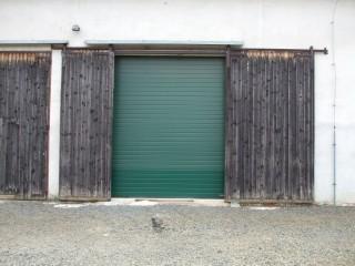 Průmyslová rolovací garážová vrata Plzeň